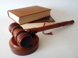 תביעת נזיקין נגד בית מלון על רשלנות